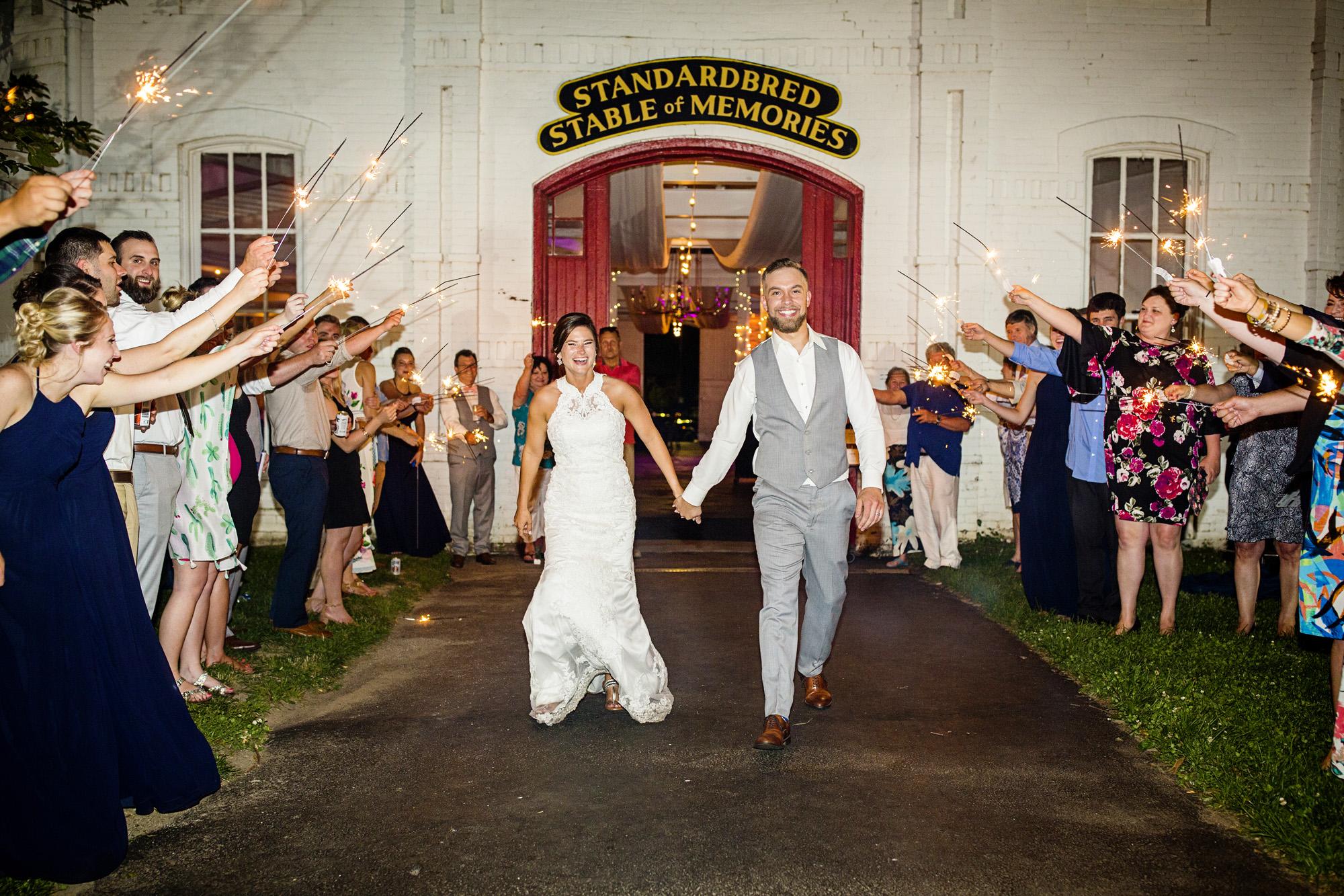 Seriously_Sabrina_Photography_Lexington_Kentucky_Round_Barn_Red_Mile_Stable_of_Memories_Wedding_Hart_141.jpg