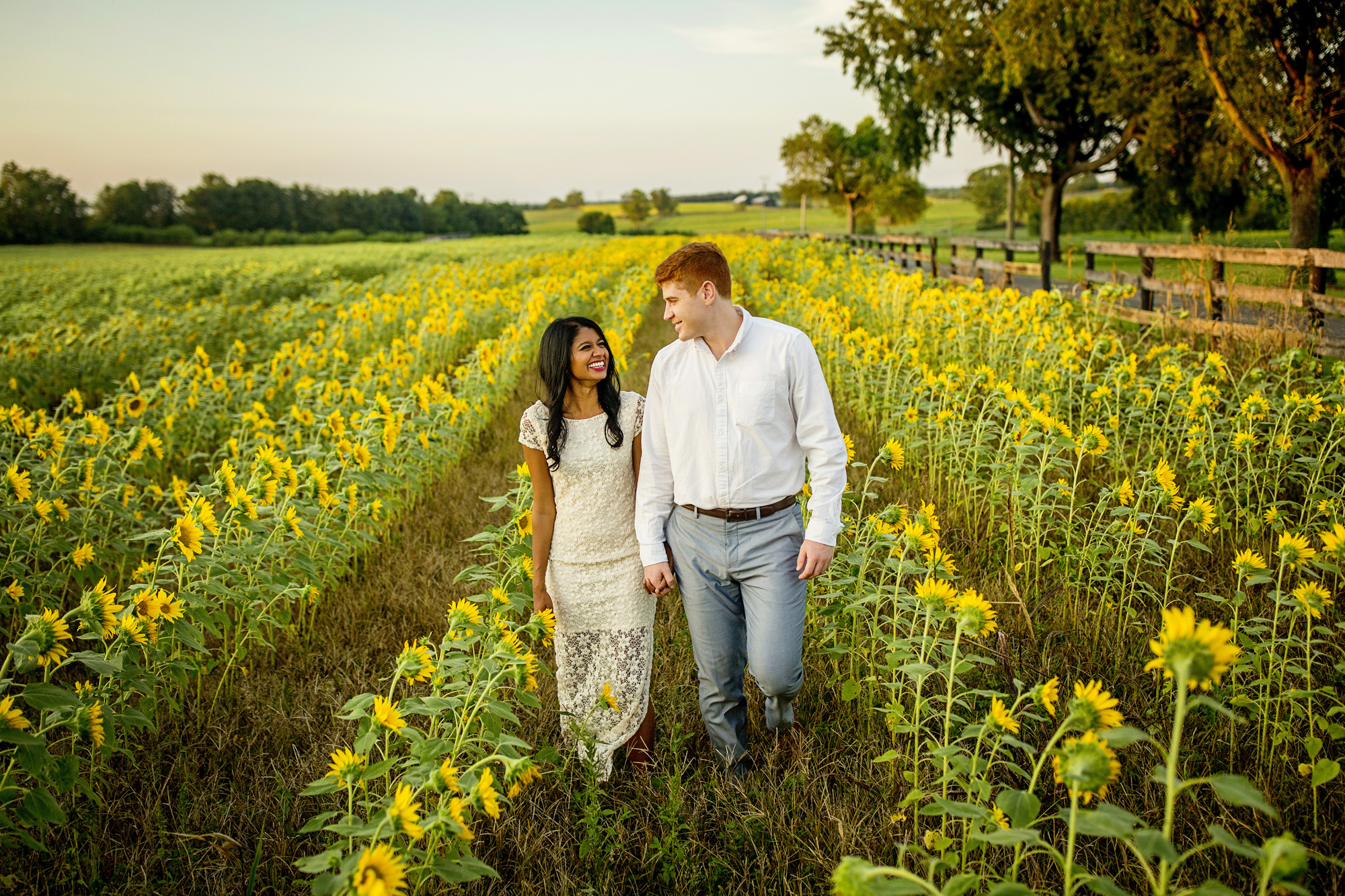 Seriously_Sabrina_Photography_Lexington_Midway_Kentucky_Engagement_Merefield_Sunflowers_Naz_and_Drew1.jpg