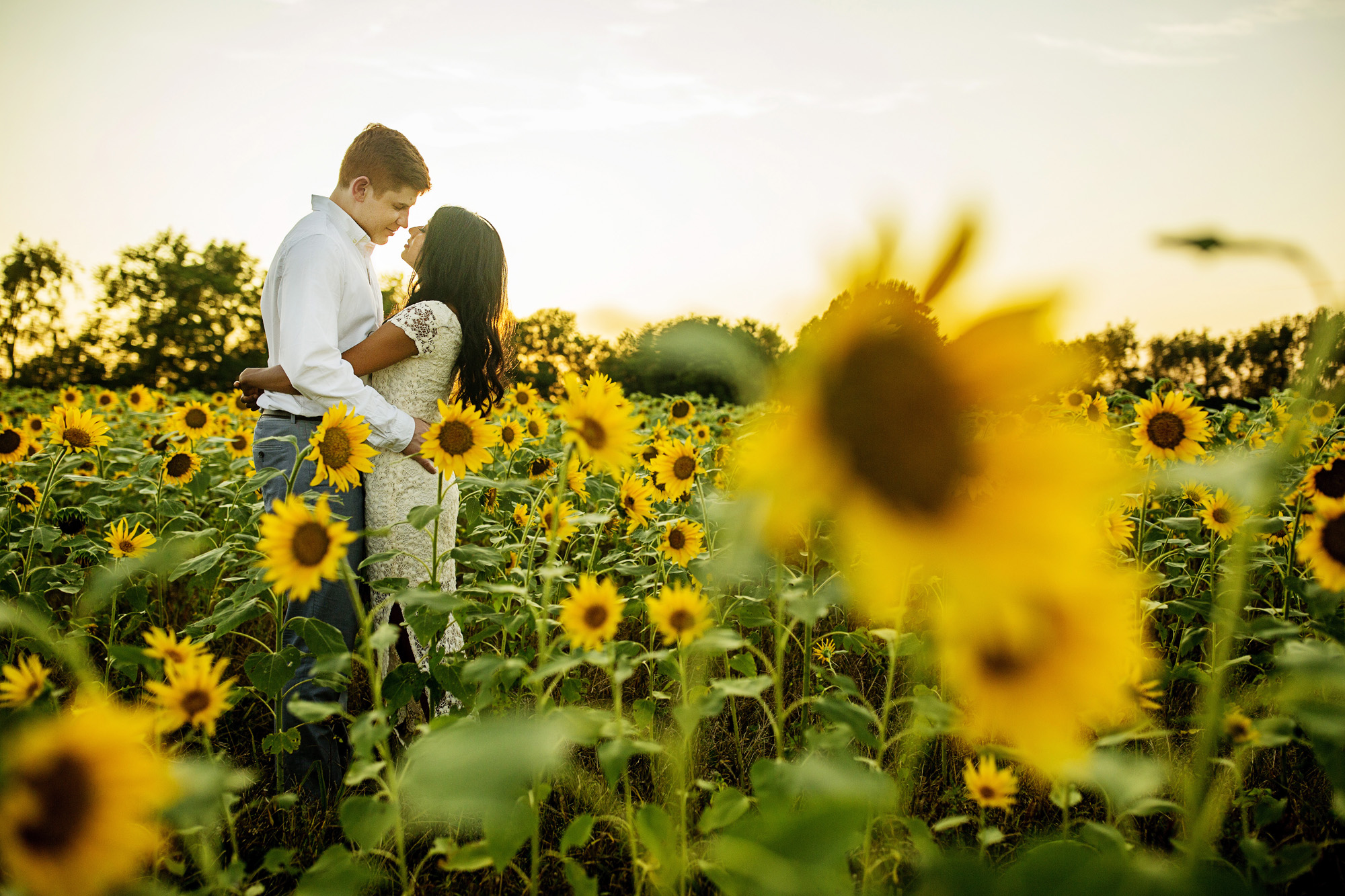 Seriously_Sabrina_Photography_Lexington_Midway_Kentucky_Engagement_Merefield_Sunflowers_Naz_and_Drew3.jpg