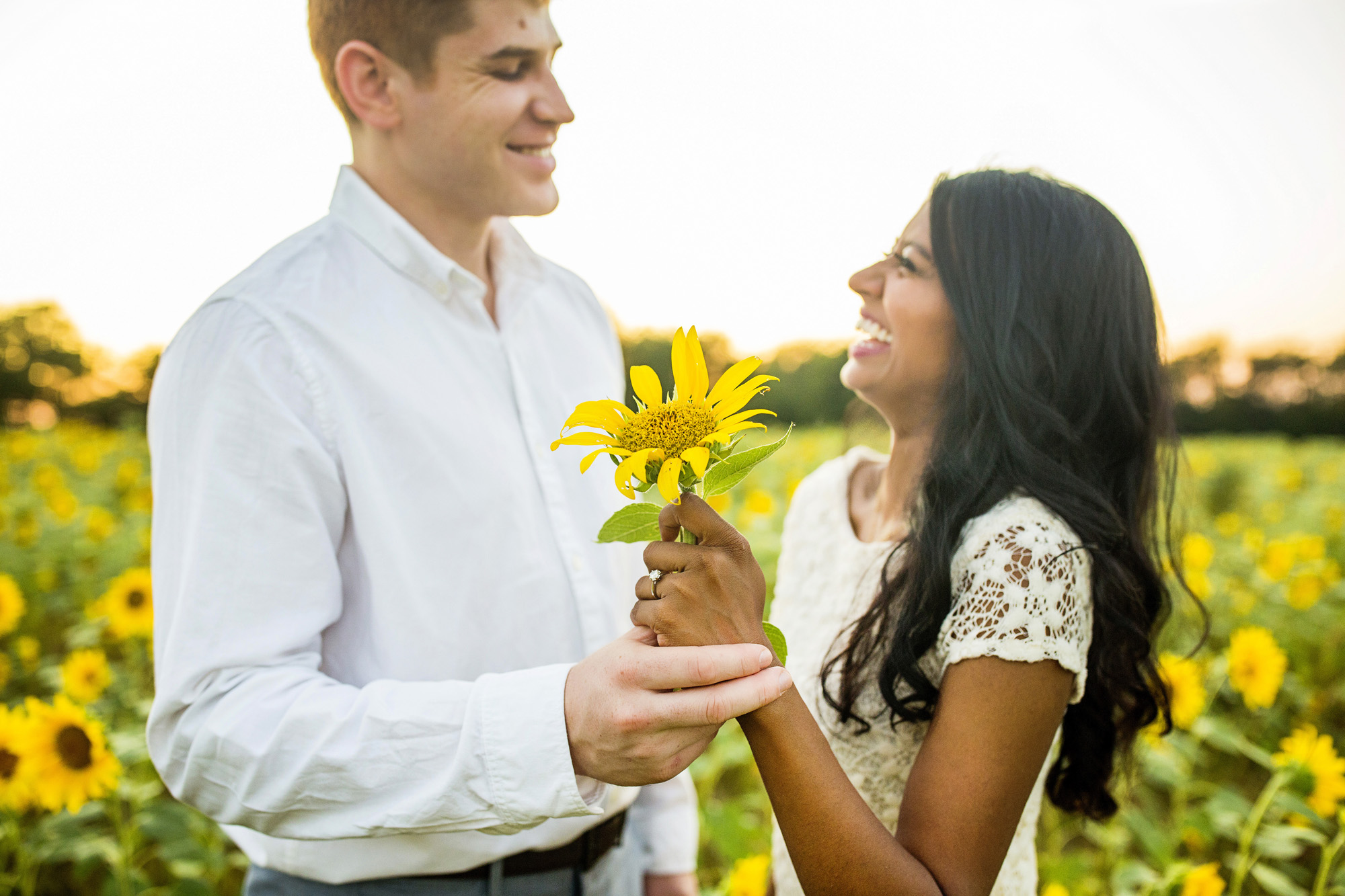 Seriously_Sabrina_Photography_Lexington_Midway_Kentucky_Engagement_Merefield_Sunflowers_Naz_and_Drew6.jpg