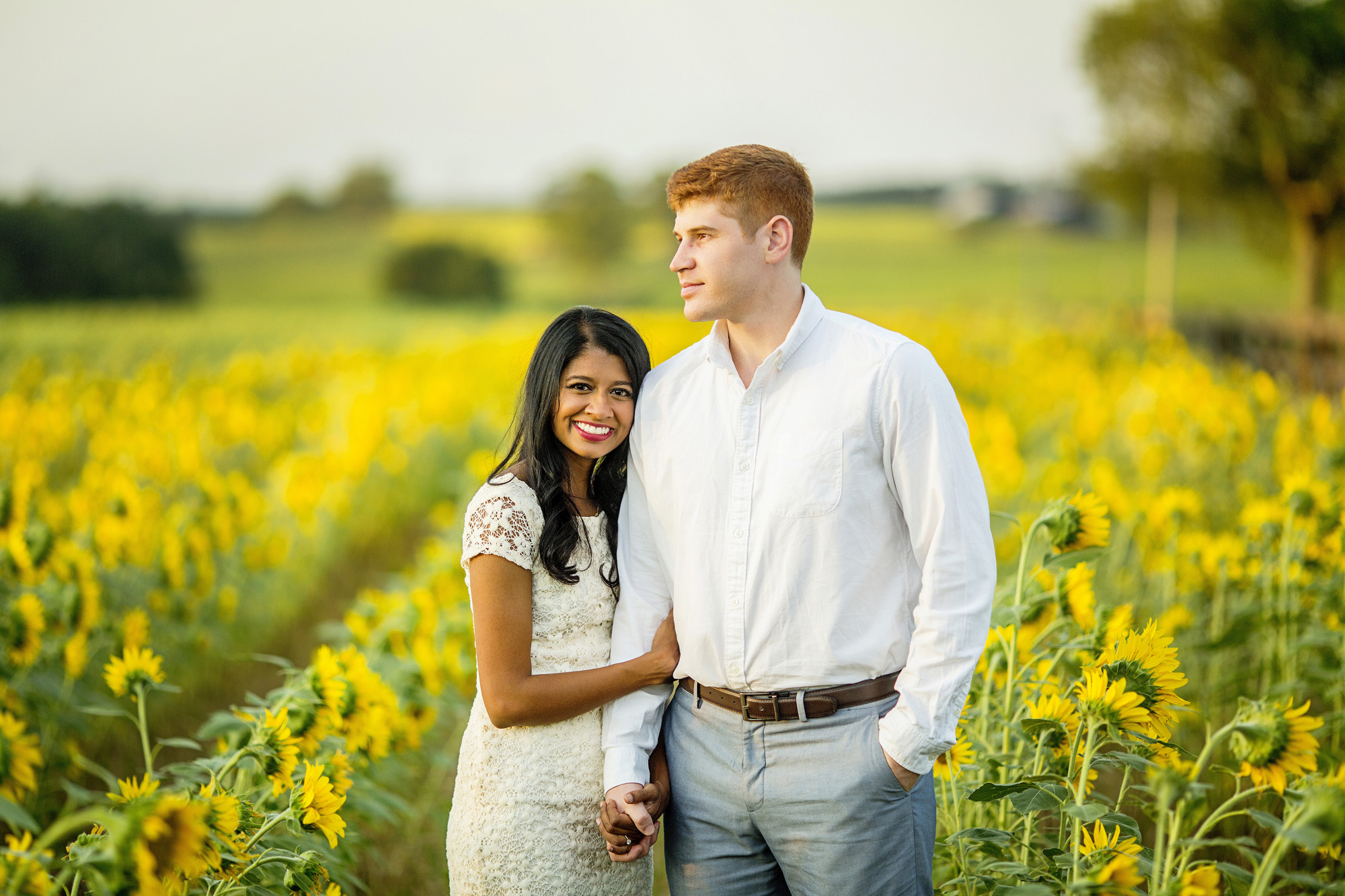 Seriously_Sabrina_Photography_Lexington_Midway_Kentucky_Engagement_Merefield_Sunflowers_Naz_and_Drew10.jpg