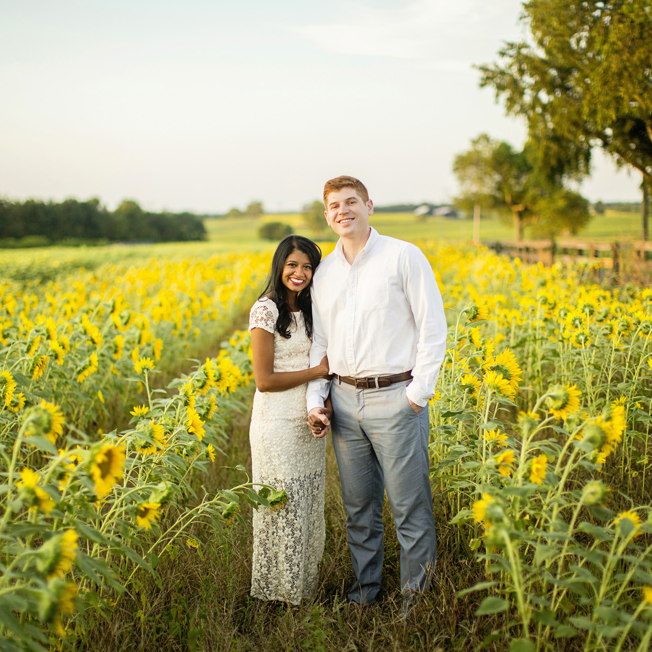 Seriously_Sabrina_Photography_Lexington_Midway_Kentucky_Engagement_Merefield_Sunflowers_Naz_and_Drew21.jpg