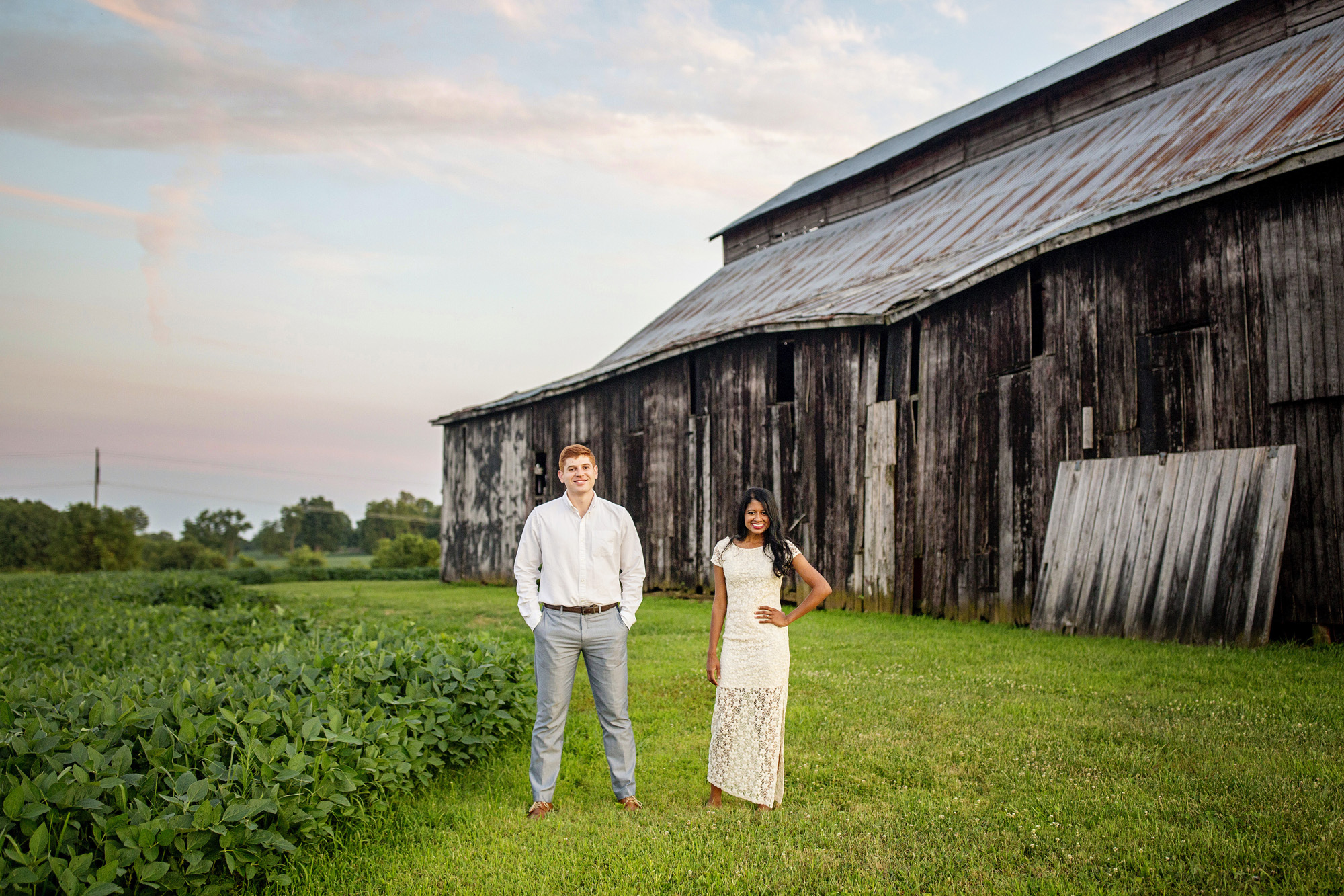 Seriously_Sabrina_Photography_Lexington_Midway_Kentucky_Engagement_Merefield_Sunflowers_Naz_and_Drew27.jpg
