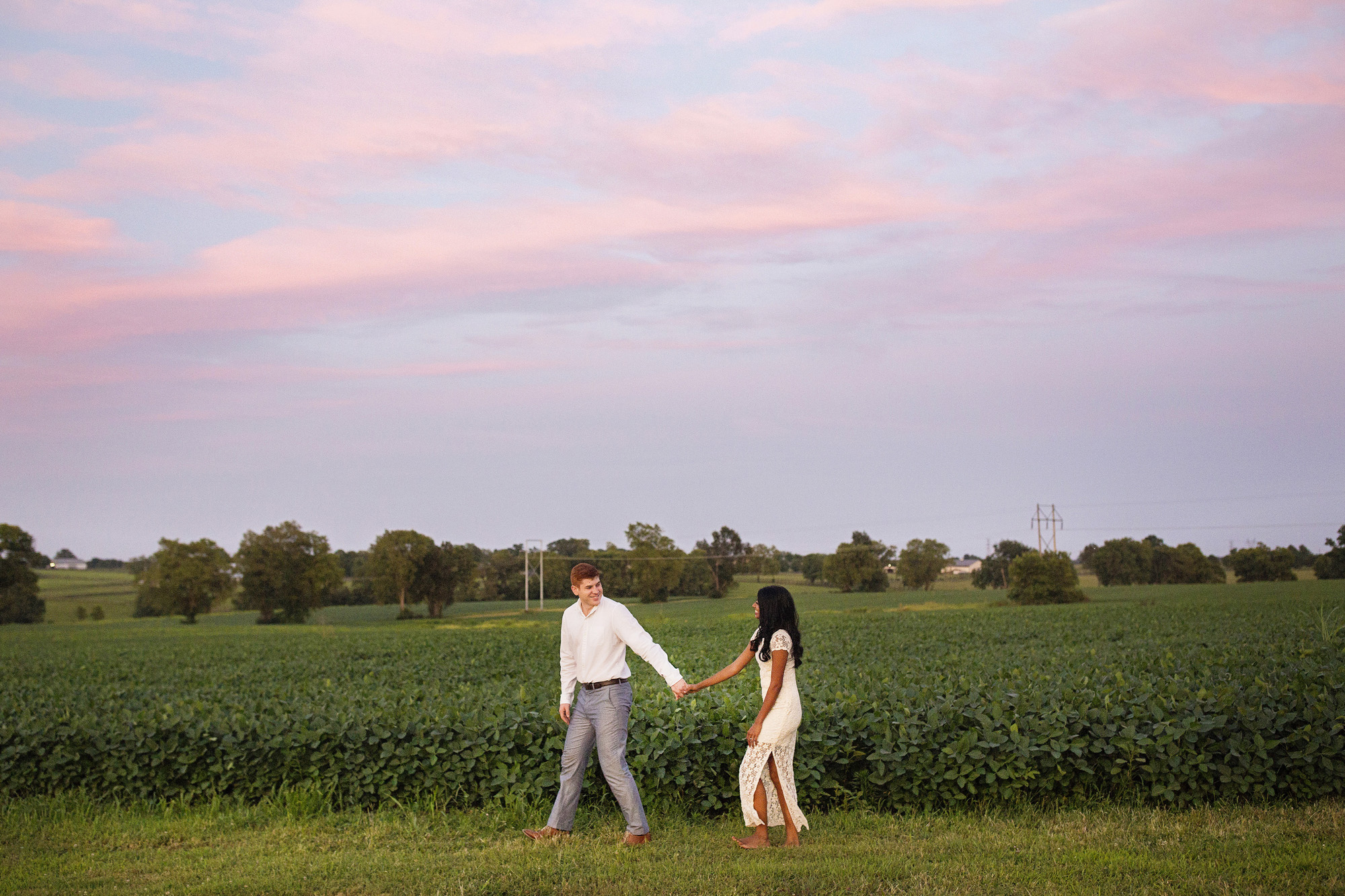 Seriously_Sabrina_Photography_Lexington_Midway_Kentucky_Engagement_Merefield_Sunflowers_Naz_and_Drew34.jpg