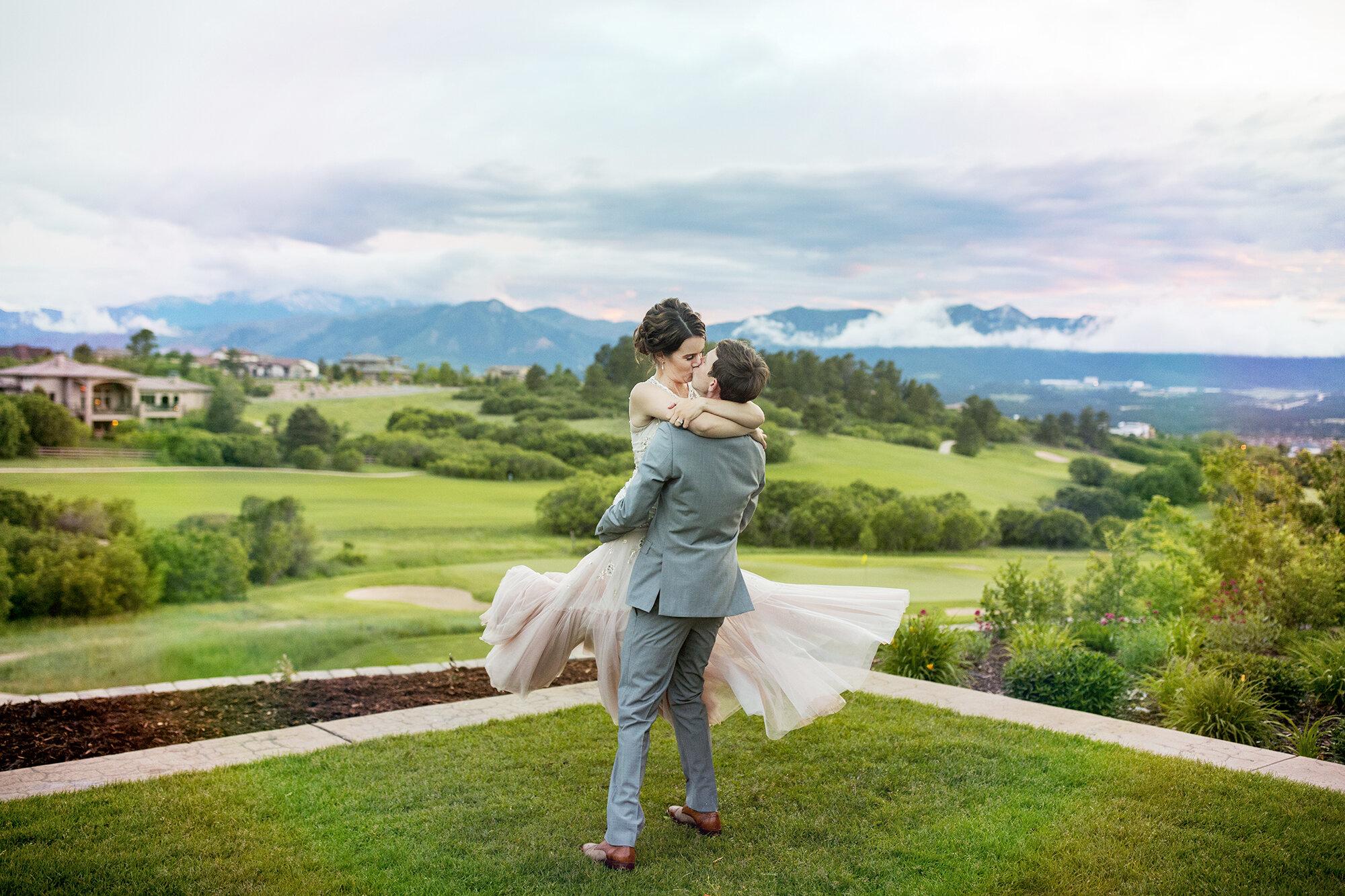 Seriously_Sabrina_Photography_Colorado_Springs_Club_at_Flying_Horse_Destination_Wedding_ODwyer87.jpg