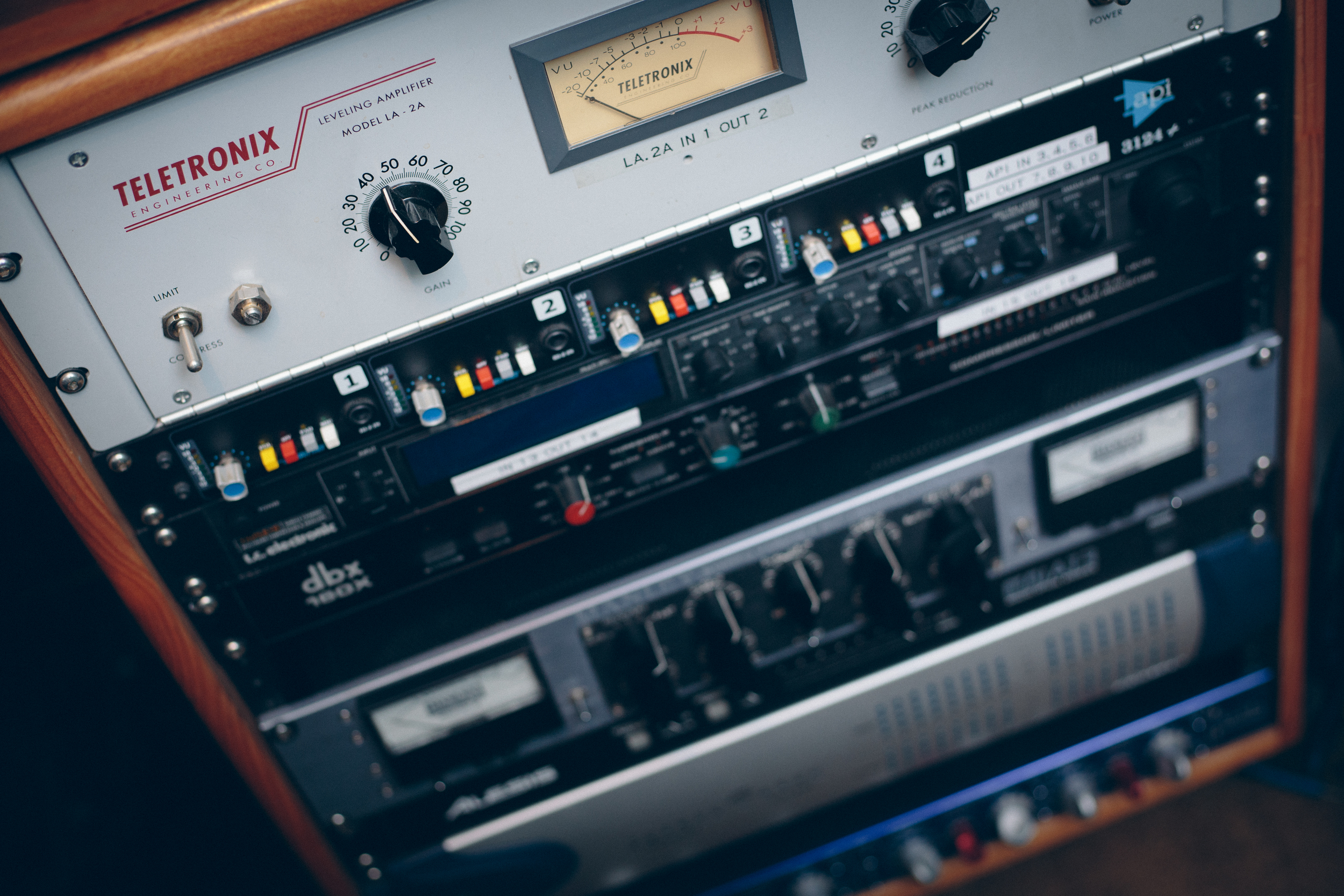 Universal Audio and Manley Compressors, Manley Equalizers, and our other outboard gear will flavor your master to perfect taste.