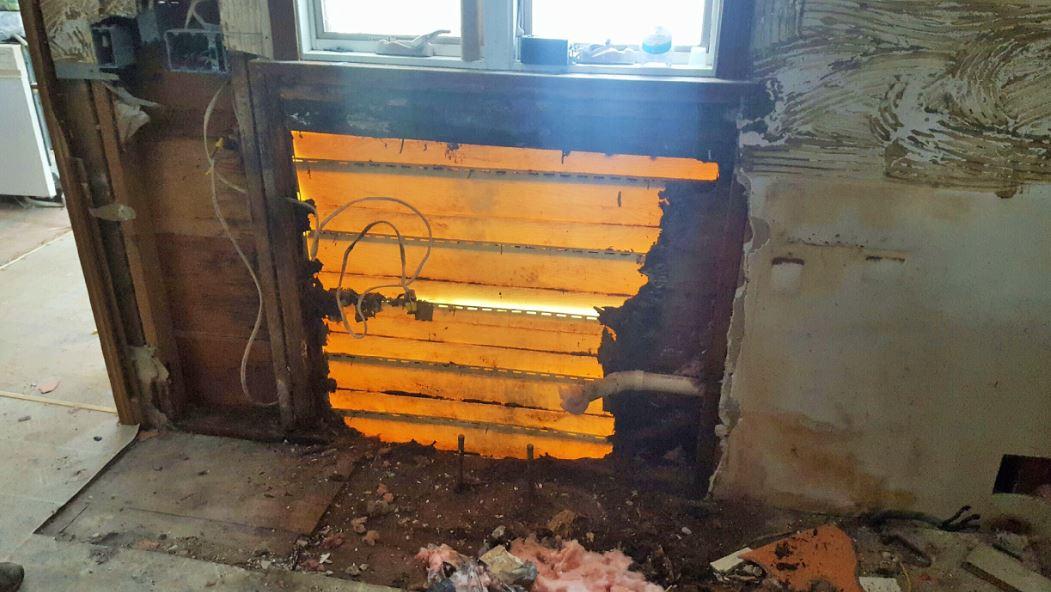KITCHEN before rot repair