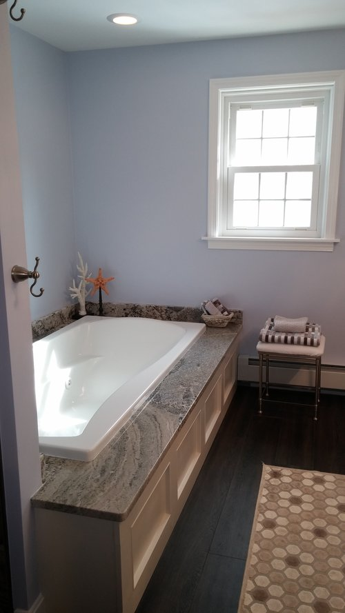 wb bathroom.jpg