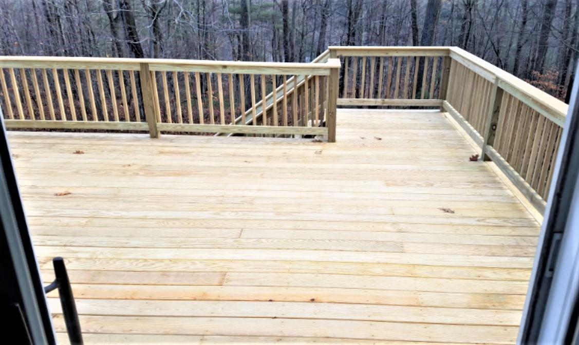 Deck 2 (3).JPG