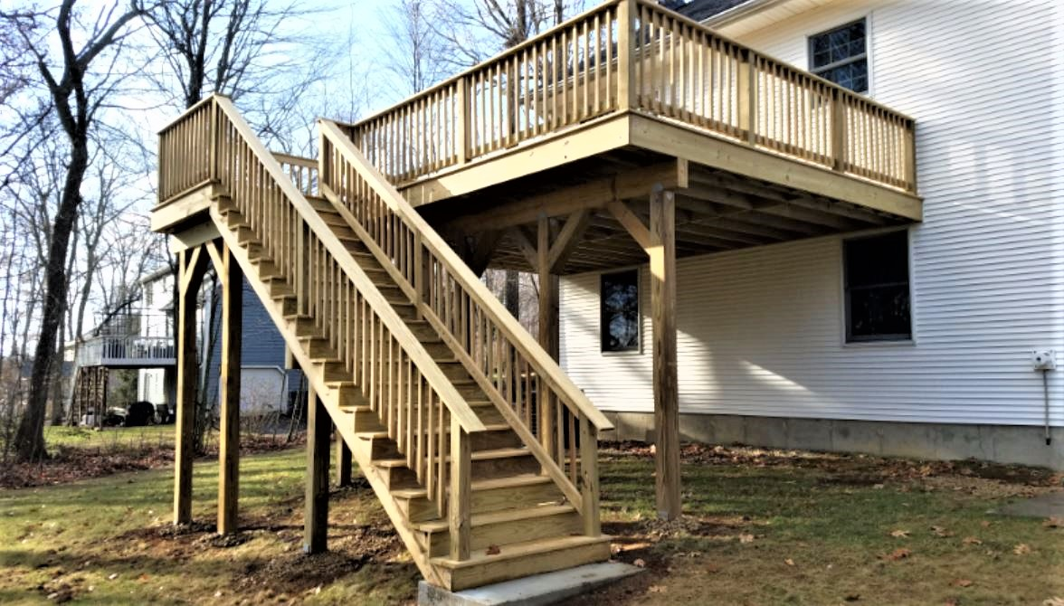 Deck and Retaining Wall - Charlton MA