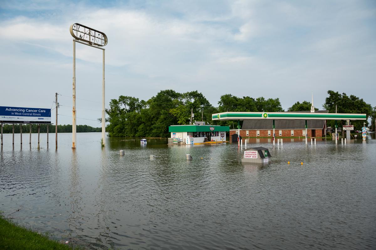 44_JennaCarliePhotography_June 2, 2019_West Alton Flood_BP and church.jpg
