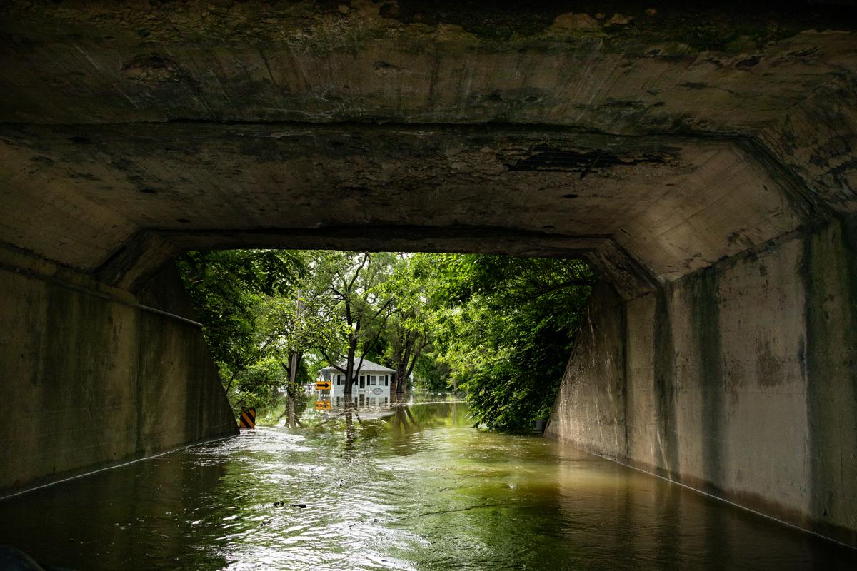 56_JennaCarliePhotography_June 5, 2019_West Alton Flood_Route 94 Train Trestle.jpg