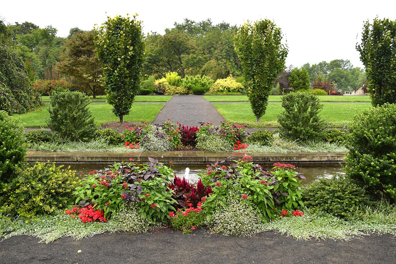walled garden new york