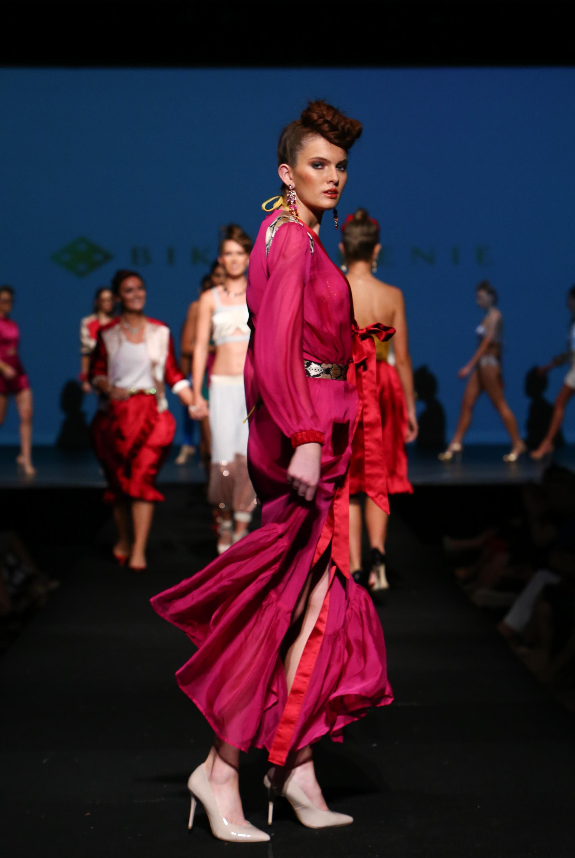 bikini-genie-jewelled-colors-to-create-movement-1.jpg