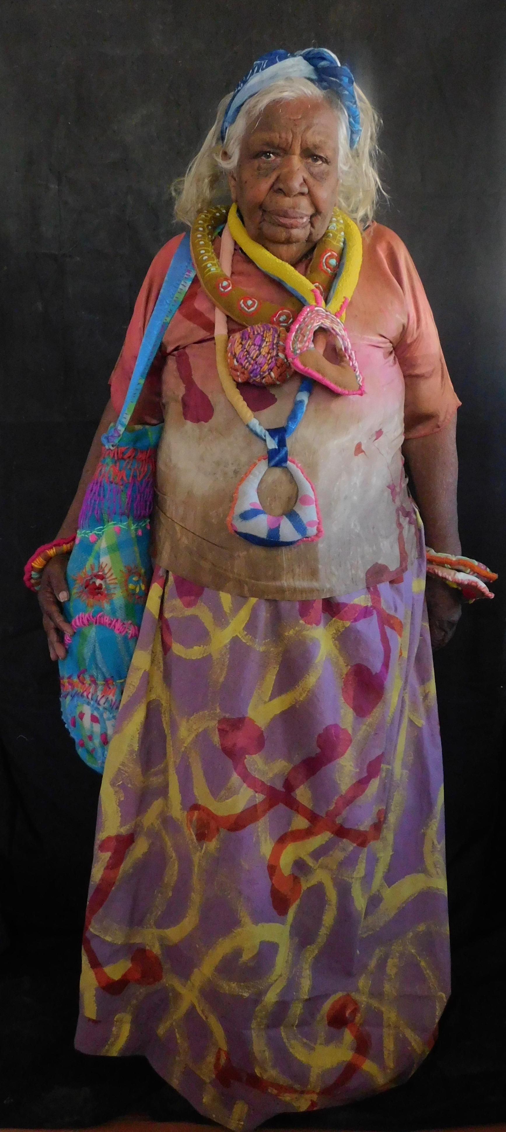 - Art Centre | Tangentyere Artists and Yarrenyty Arltere ArtistsArrweketye Mob: Women Mob