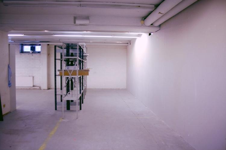 Toimitilanne Suomi, Helsinki - Lauttasaari, Itälahdenkatu 23. Varastotila 93 m²