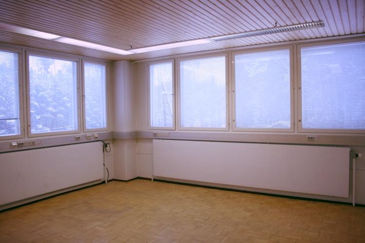 Toimitilanne Suomi, Nurmijärvi - Klaukkala, Lahnuksentie 215. Toimistotila 35 m².
