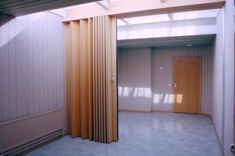 Toimitilanne Suomi, Helsinki - Suutarila, Valokaari 10. Toimistotila 28 m2.