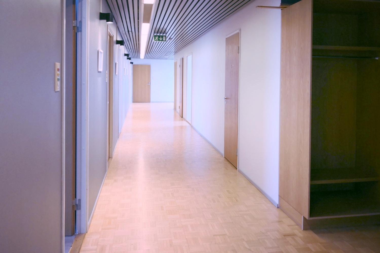 Toimitilanne Suomi, Helsinki - Suutarila, Valokaari 10. Toimistotila 324 m².