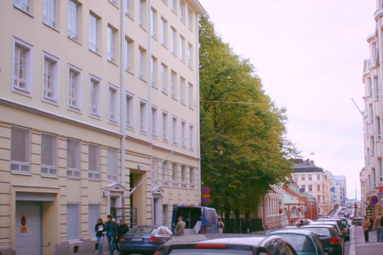 Pienvarasto 7,7 m² vuokrattiin juuri Lönnrotinkadulta - Lönnrotinkadun pienvarastomme sijaitsevat hyvällä paikalla keskellä Helsinkiä ja sopivat esim. Kampissa, Hietalahdessa tai Punavuoressa asuville tai työskenteleville. Kysy vapaista varastoista Björn Lindgreniltä p. 041 581 8560.