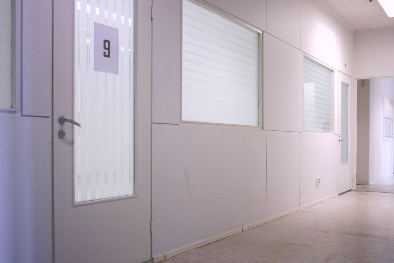 Pienvarasto 17 m² vuokrattiin Orimattilasta - Kätevä pienvarasto 17 m² vuokrattiin juuri Lahden seudulta Orimattilasta. Samassa rakennuksessa on vielä vapaana hyvä valikoima erikokoisia pienvarastoja 9-48 m².