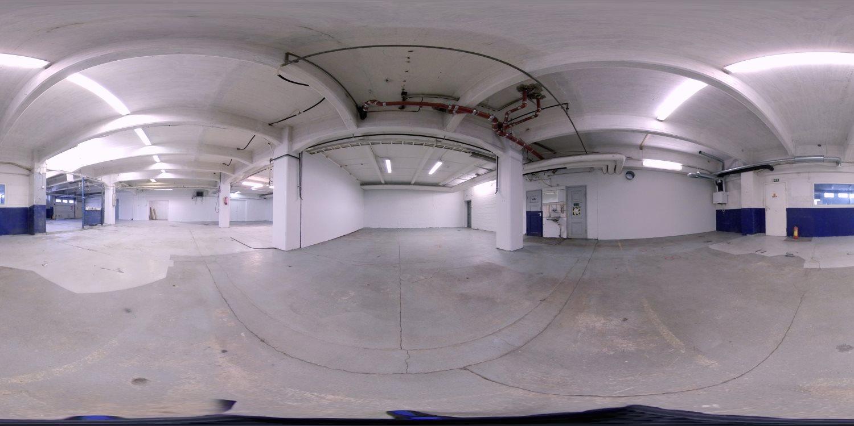 Tervetuloa 360°-virtuaalikierroksille - Kiertele Valokaari 10:n (Helsinki - Suutarila) kolmessa suuressa vapaassa toimitilassa virtuaalisesti silloin kuin sinulle sopii. - Tuotanto- tai varastotila 366 m² - Tuotanto- tai varastotila 505 m²- Varastotila 977 m²