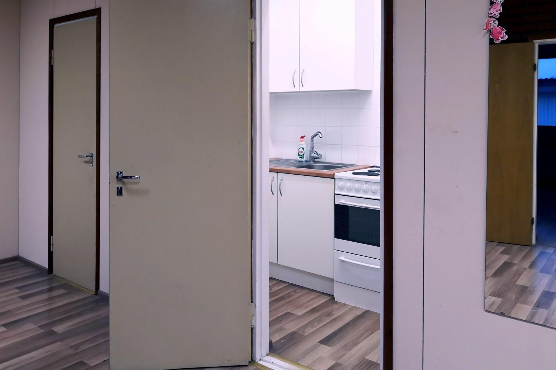 Toimitilanne Suomi, Nurmijärvi - Klaukkala, Lahnuksentie 215. Toimistotila 147 m², keittiö.
