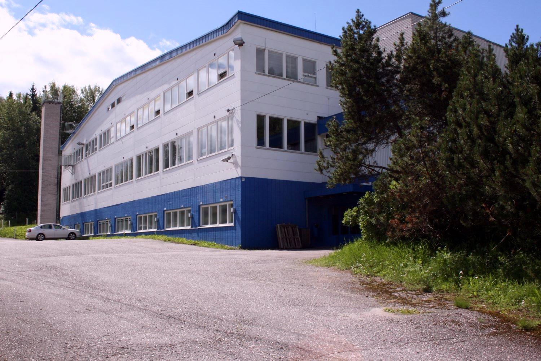 Lahnuksentie 215. Toimitilanne Suomi, Nurmijärvi - Klaukkala.