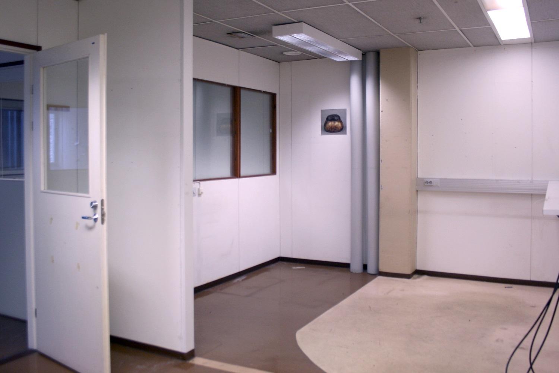 Kaksi tilaa vuokrattiin Nurmijärven Klaukkalasta, vilkaise vapaat tilat - Lahnuksentie 215:stä Nurmijärven Klaukkalasta vuokrattiin juuri pienvarasto 9 m² ja toimisto- tai varastohuone 21 m². Pienehkön varastotilan tarvitsijoille on samassa rakennuksessa vapautumassa vielä nämä tilat:- pienvarasto 12,5 m²- varastohuone 34 m²