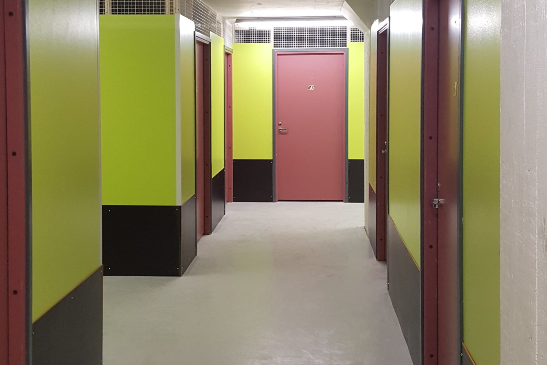 Pienvarasto 10 m² vapaa 1.12.2019 - Ruukinkuja 4:ssä Espoon Kiviruukissa vapautuu joulukuun alussa kätevä 10 m²:n kokoinen pienvarasto. Lisätiedot Björn Lindgreniltä p. 041 581 8560.
