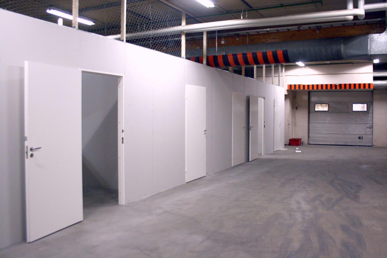 Tänään vuokrattiin kaksi pienvarastoa 9 m² - Kaitilantie 30:sta Orimattilasta vuokrattiin juuri kaksi 9 m²:n pienvarastoa. Heti vapaana on kuitenkin vielä kunnon valikoima pienvarastoja alkaen 10 m². Lue sivuiltamme lisää ja soita: Milla Leisso p. 040 764 0812.