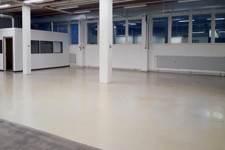 Toimitilanne Suomi, Nurmijärvi - Klaukkala, Lahnuksentie 215. Tuotanto- tai varastotila 590 m².