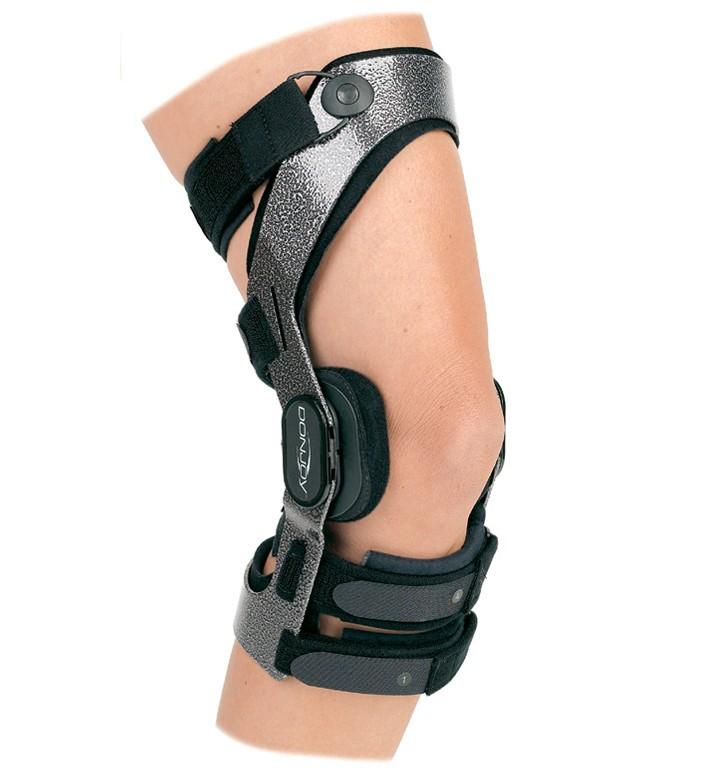 bracing & supports donjoy-armor-knee-brace_4.jpg