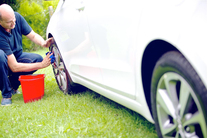 Wheel washing 002.jpg
