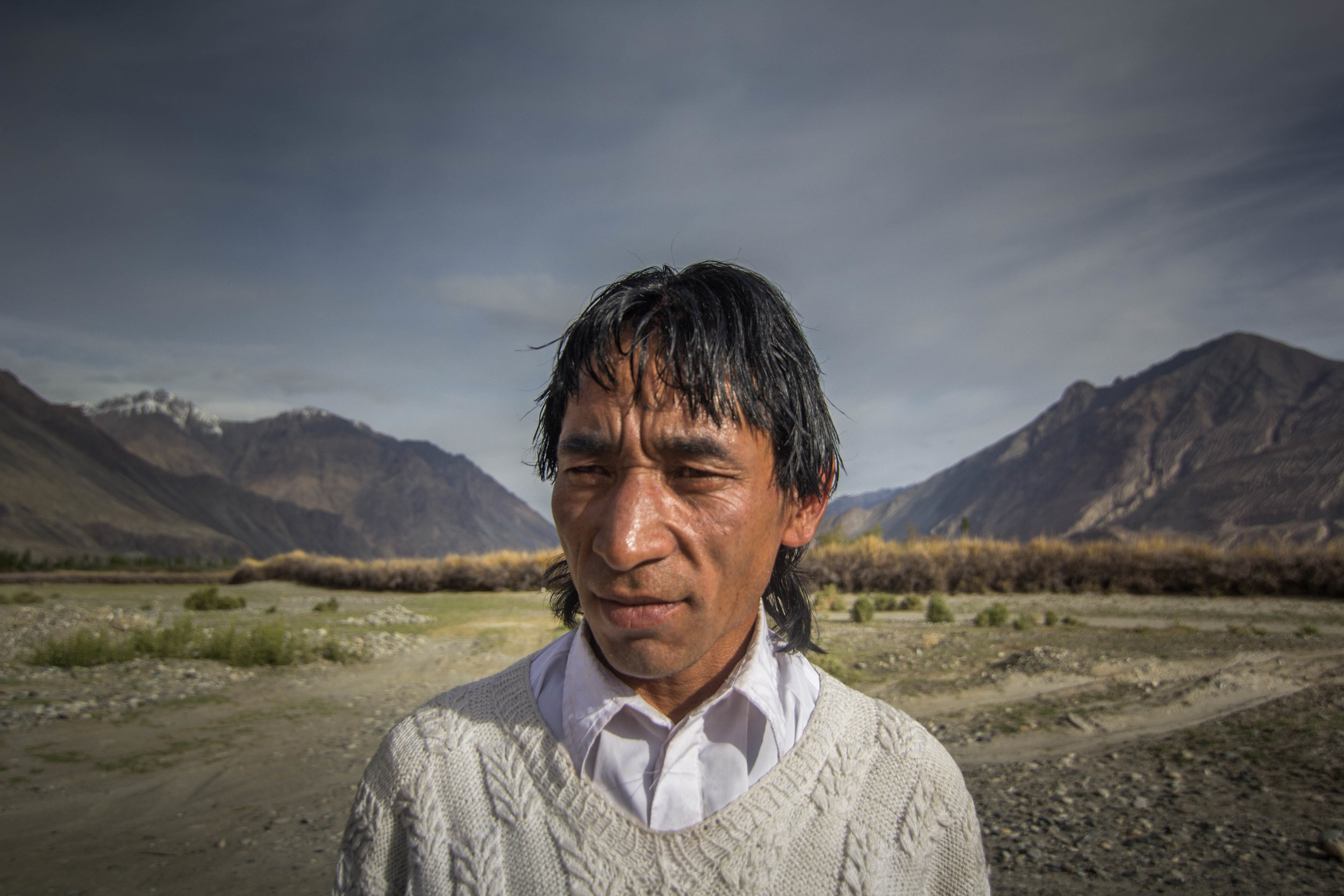 Mohammad Ibrahim has lived in this land since birth. He has walked the desert for decades in service of villagers he has grown to know, delivering mail to the remotest regions in Ladakh. Ibrahim has witnessed the construction of roads, and the change in the lifestyle that it has brought about.