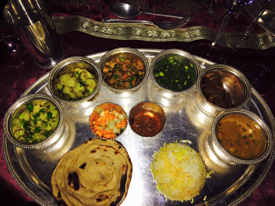 The easiest way to try everything on the menu - order a thali tray #foodisart