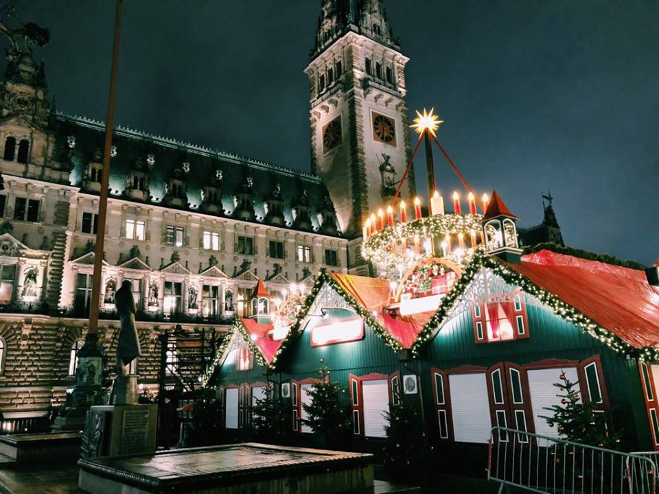 AUTHENTIC Christkindl markets in Hamburg