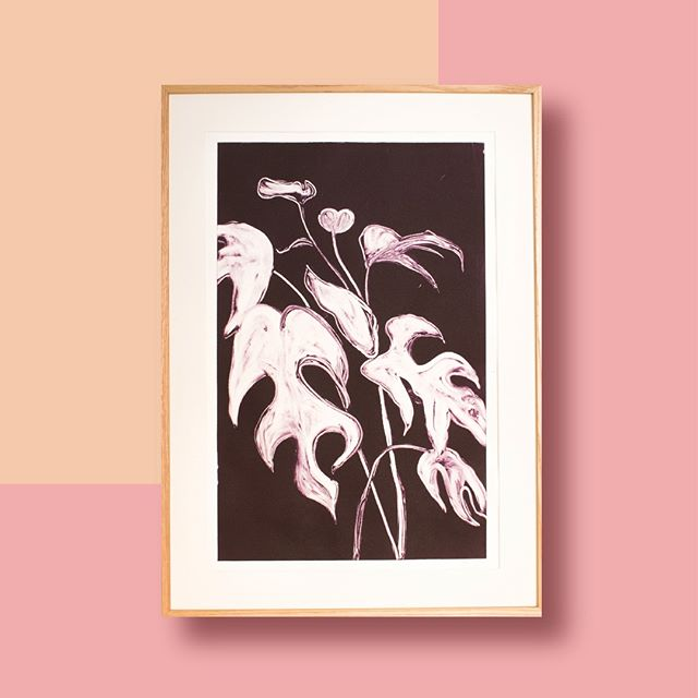 ⁠ Monstera deliciosa. One- of- a -kind monoprint.⁠ ⁠ ⁠ #bouquet_residence #handmadeartwork #monoprint⁠