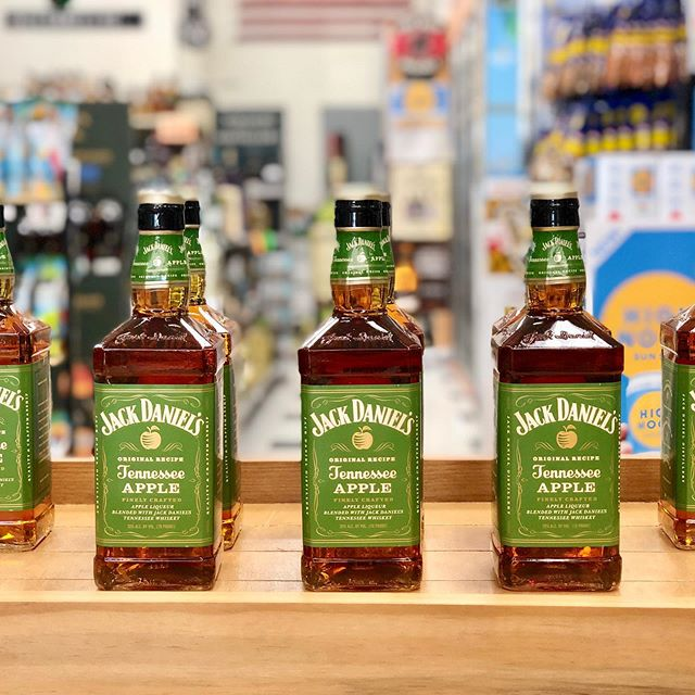 Jack Daniels Tennessee Apple Whiskey tasting  4:00 - 7:00 pm 09/20/19  Jack Daniel's Tennessee Apple has the distinct character of Jack Daniel's Tennessee whiskey coupled with crisp green apple for a fresh & rewarding taste.  #jackdaniels #jackdanielswhiskey #tennesseewhiskey #jackapple #montpelierliquors #fridaytastings #cheers