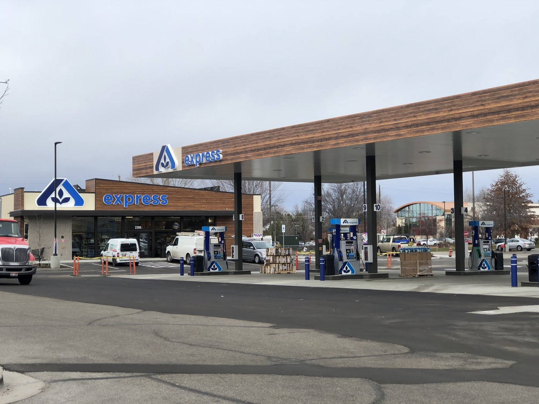 Albertsons gas station in SE Boise. Don Day/BoiseDev