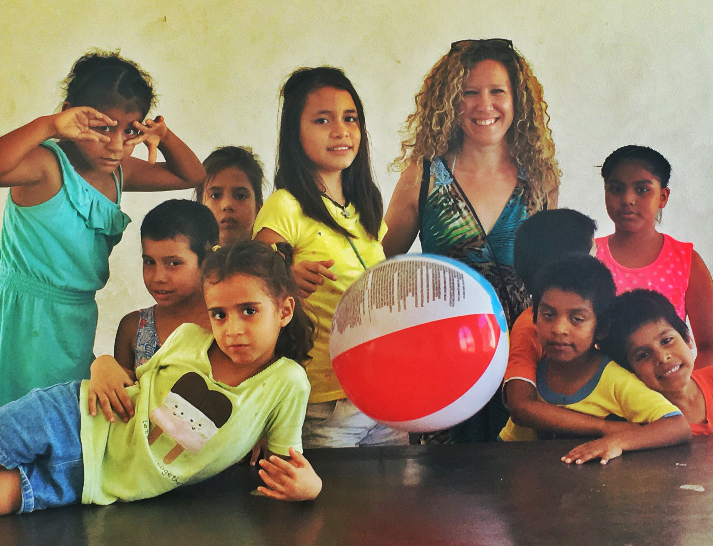 A day spent teaching English & playing with Snapchat at a local orphanage in North Vallarta