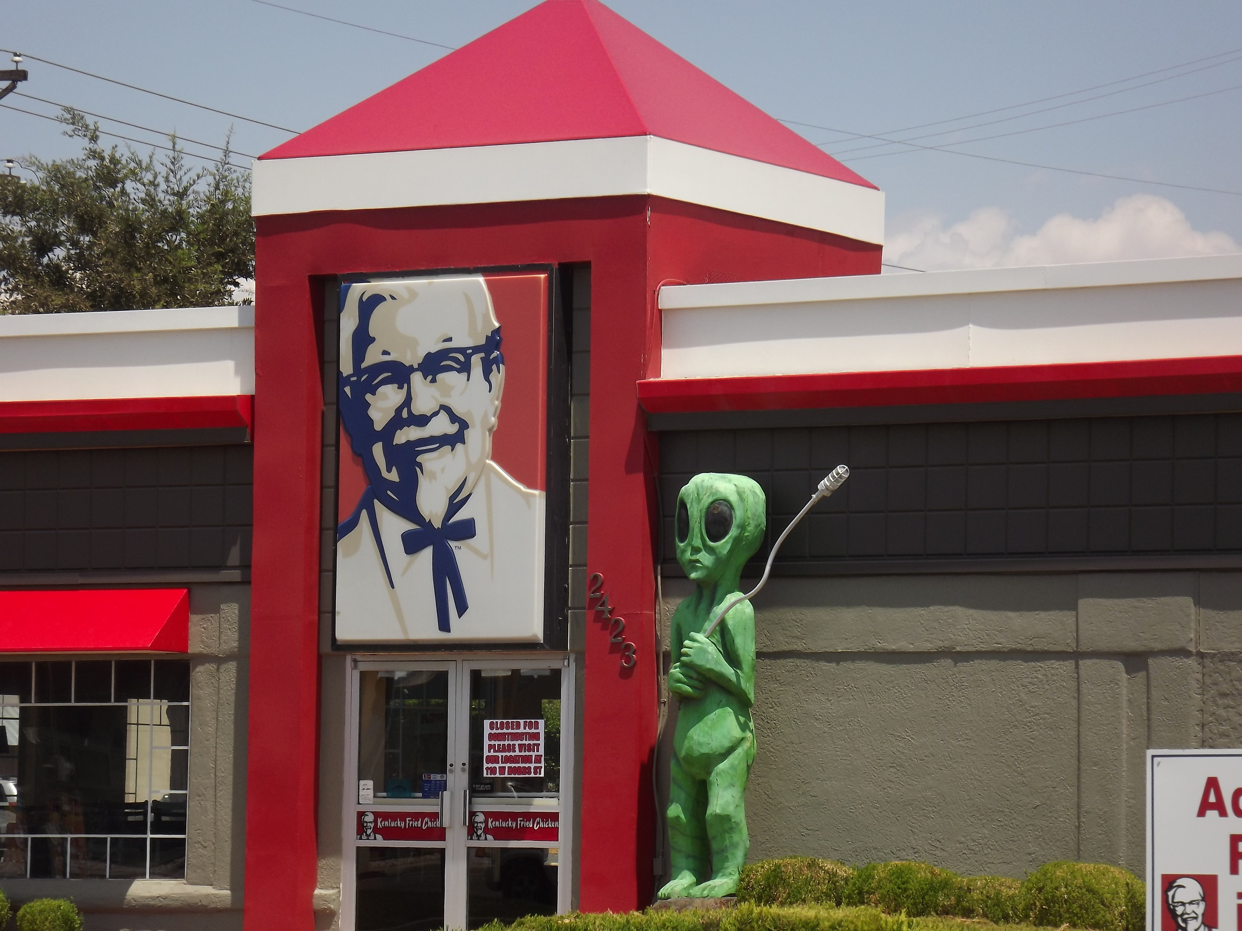 They should definitely be labeling whatever they put in this stuff. Kentucky Fried Chicken in Roswell, NM