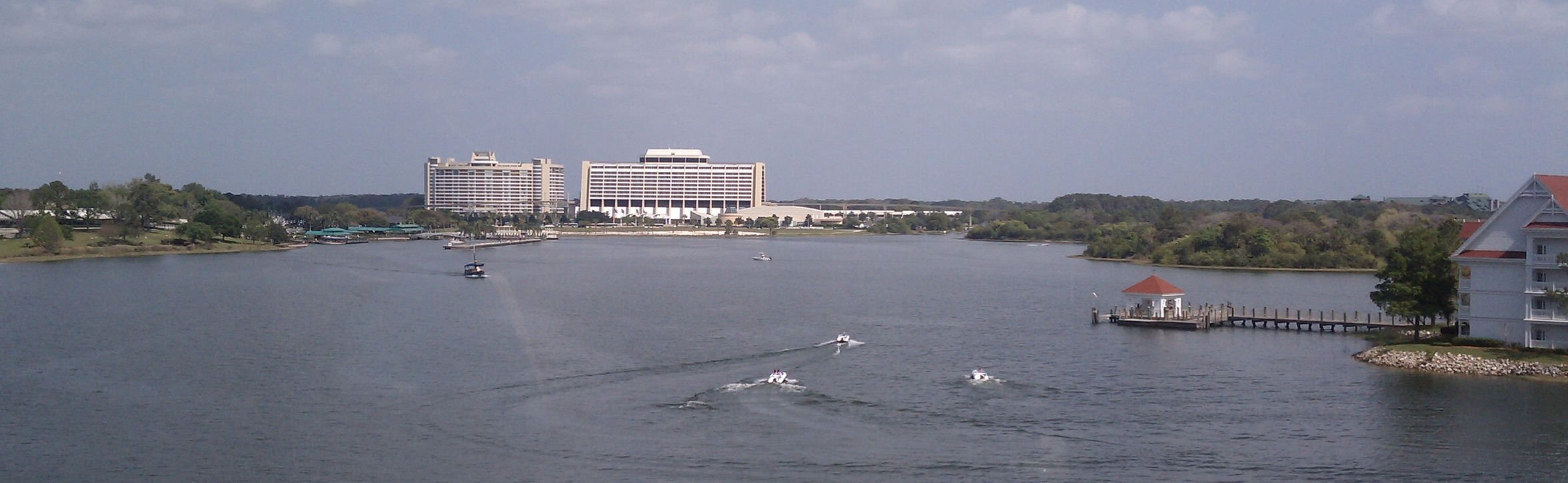 "The Contemporary and Bay Lake Tower viewed from the monorail with Seven Seas Lagoon, foreground. -By Panama ""the Alien"" Wright"