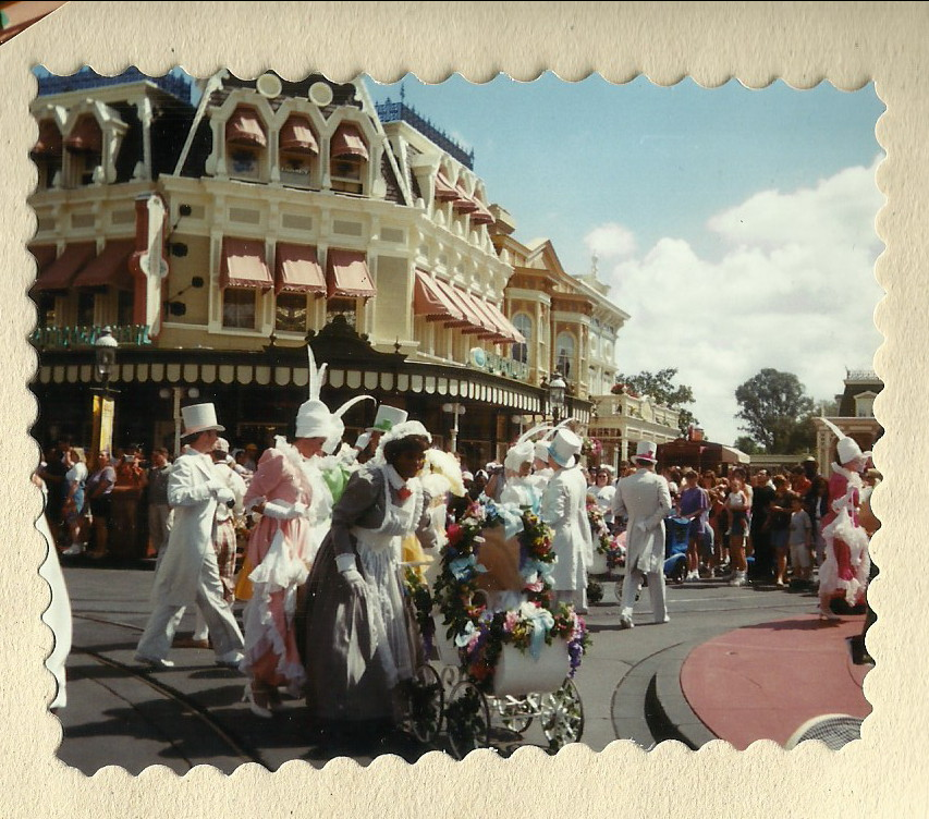 Mainstreet opening ceremony parade - Author's collection