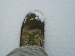 CIMG0247 boot in snow.JPG