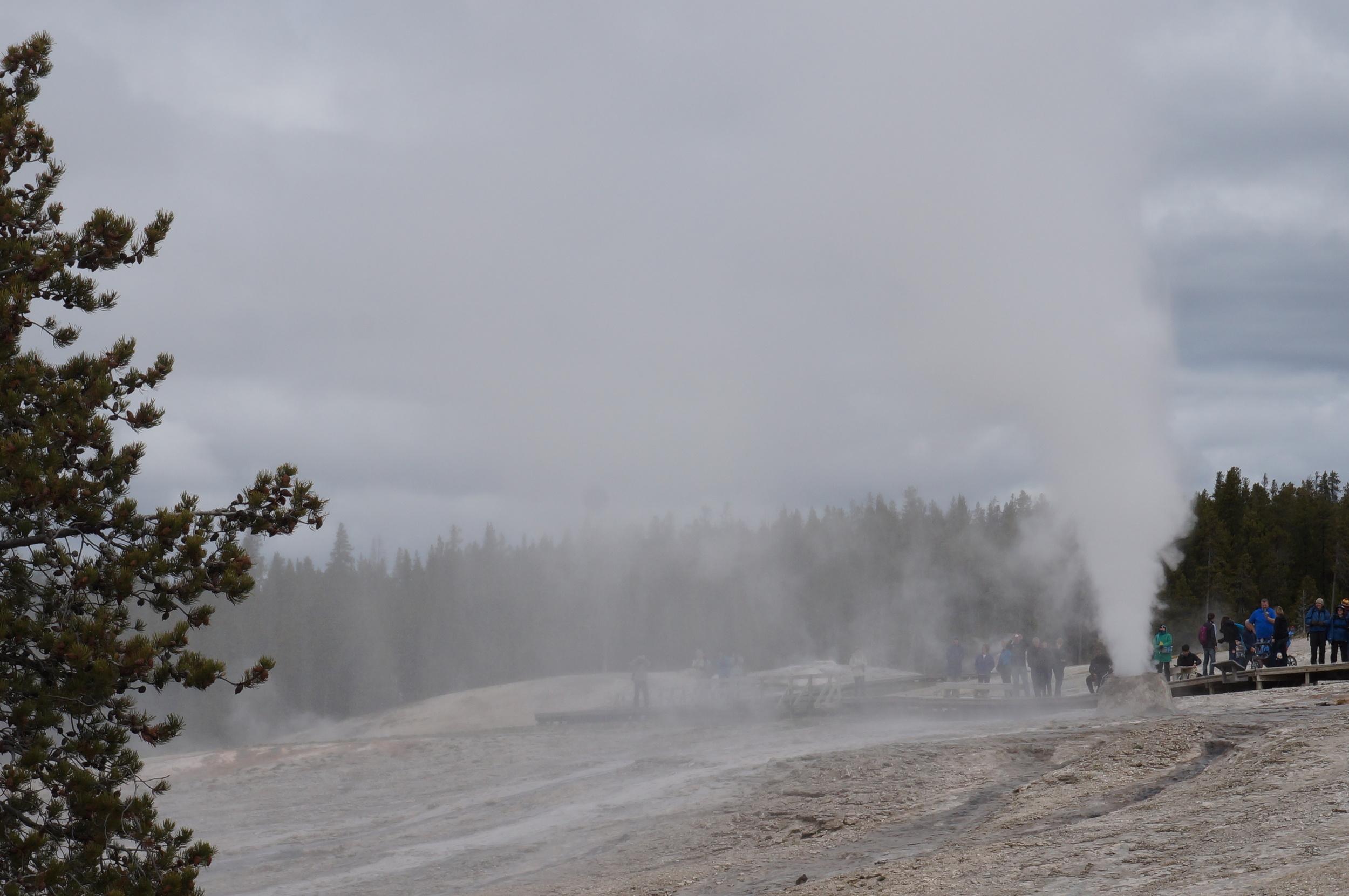 vanlife-rv-campervan-rent-idaho-sun-valley-boise-wandervans-wanderlust-skiing-snowboard-biking-hiking-outsidevan-Wandervans-idaho-yellowstone-national-park