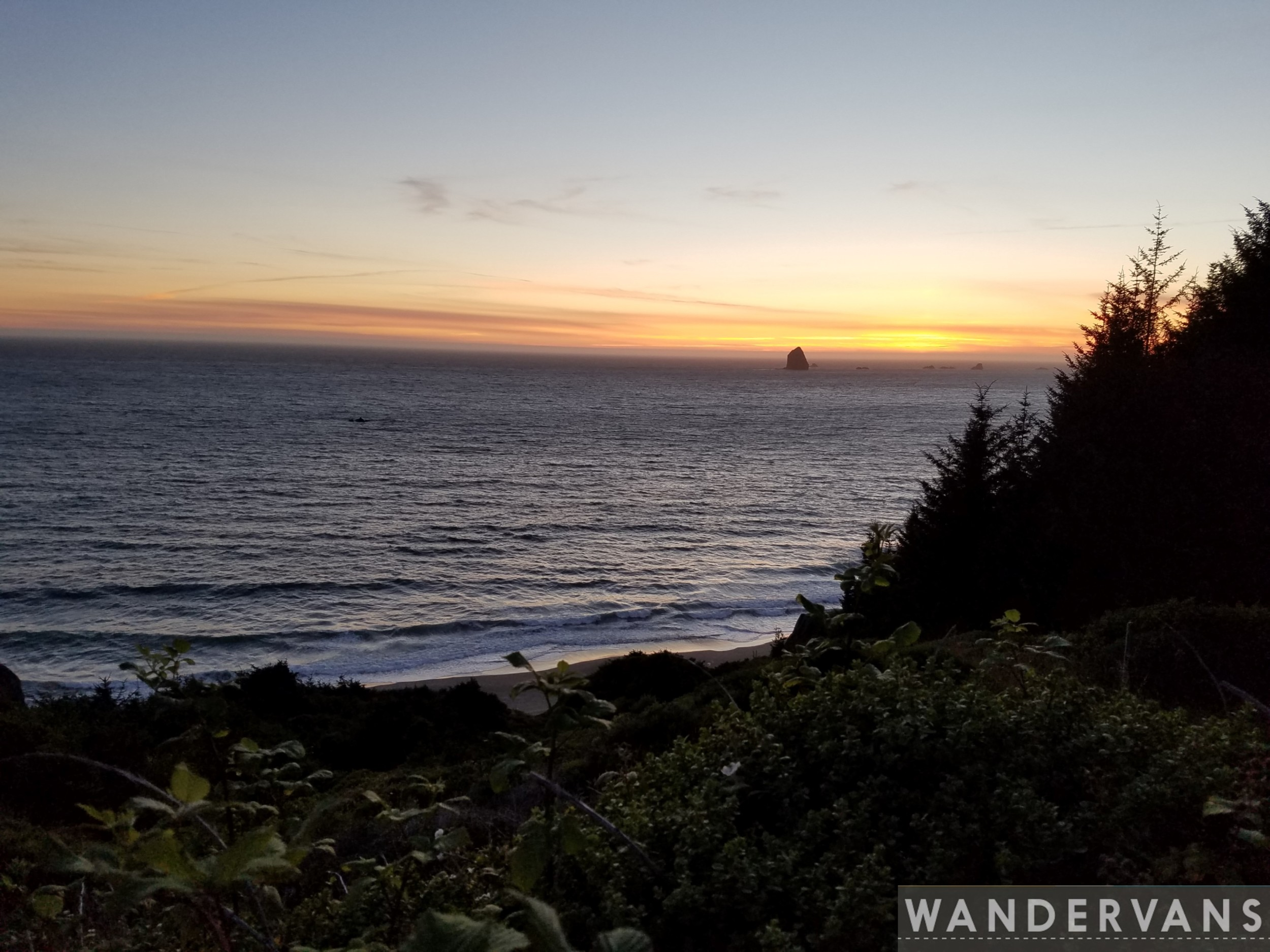 vanlife-rv-campervan-rent-idaho-sun-valley-boise-wandervans-wanderlust-skiing-backcountry-snowboard-sawtooth-biking-hiking-outsidevan-redwoods-oregon-coast