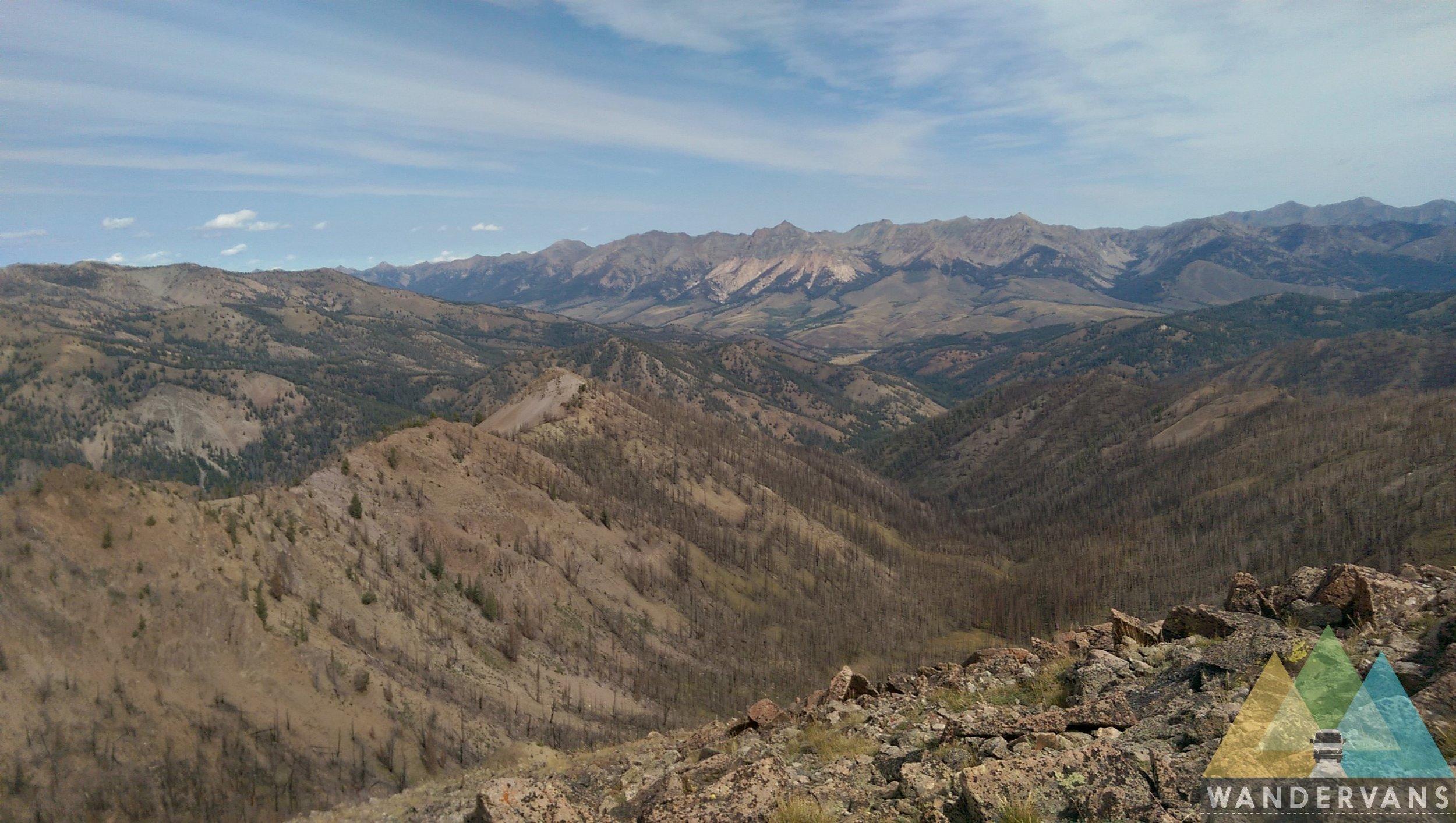 vanlife-rv-campervan-rent-idaho-sun-valley-boise-wandervans-wanderlust-skiing-backcountry-snowboard-sawtooth-sun-valley-biking-hiking