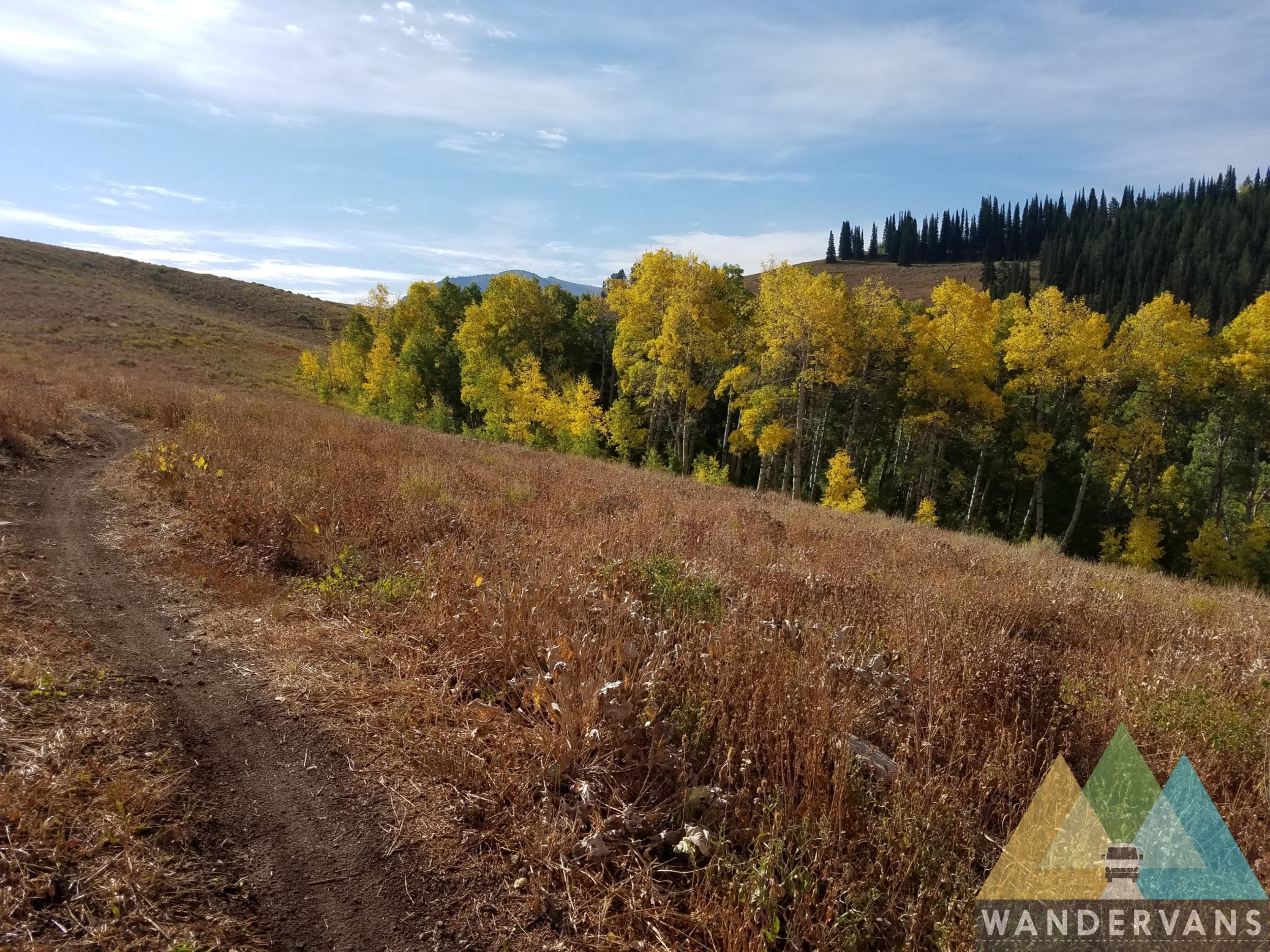 vanlife-rv-campervan-rent-idaho-sun-valley-boise-wandervans-wanderlust-skiing-backcountry-snowboard-sawtooth-targee-driggs-jackson-biking