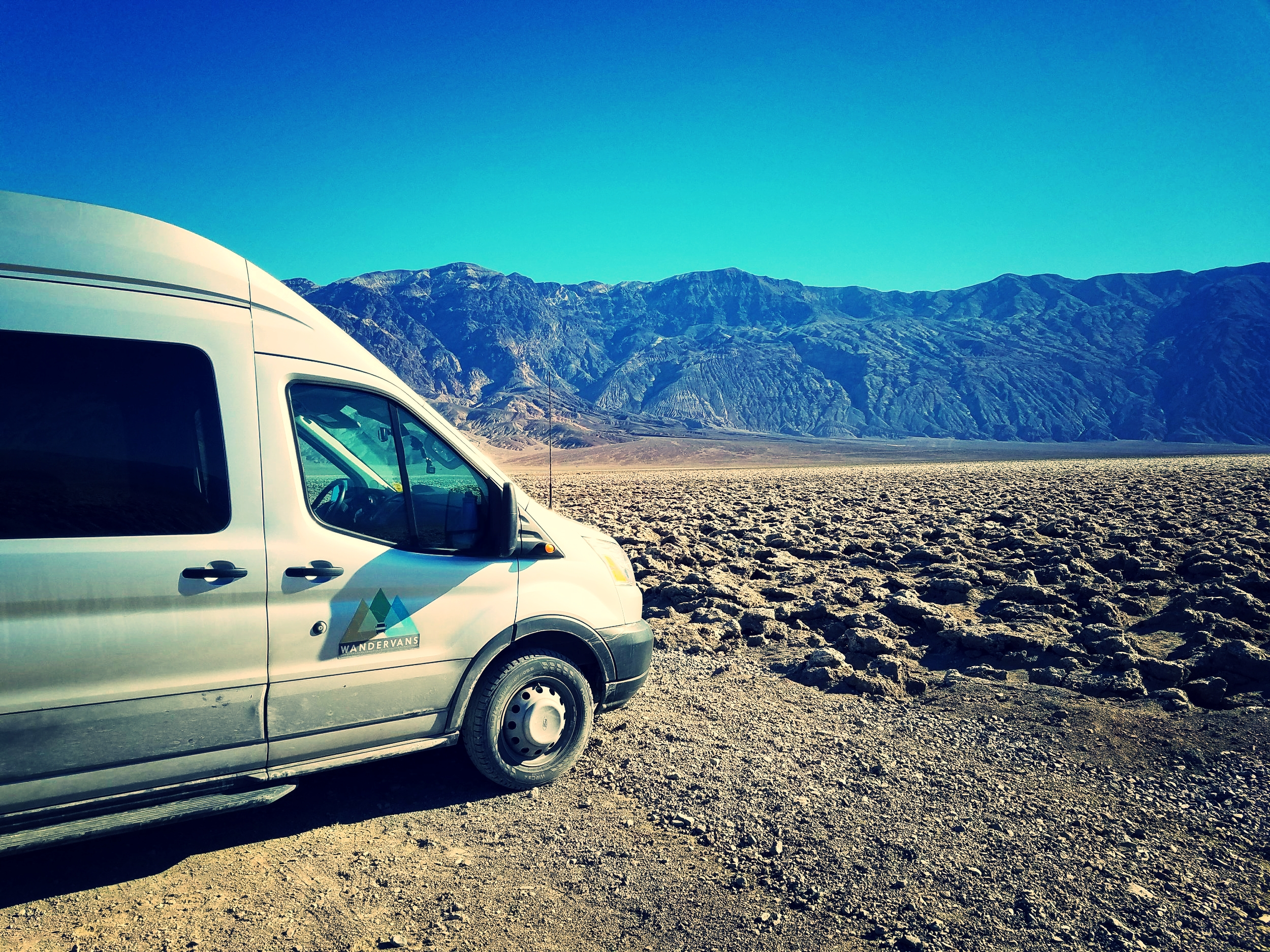 vanlife-rv-campervan-rent-idaho-sun-valley-boise-wandervans-wanderlust-deathvalley-california